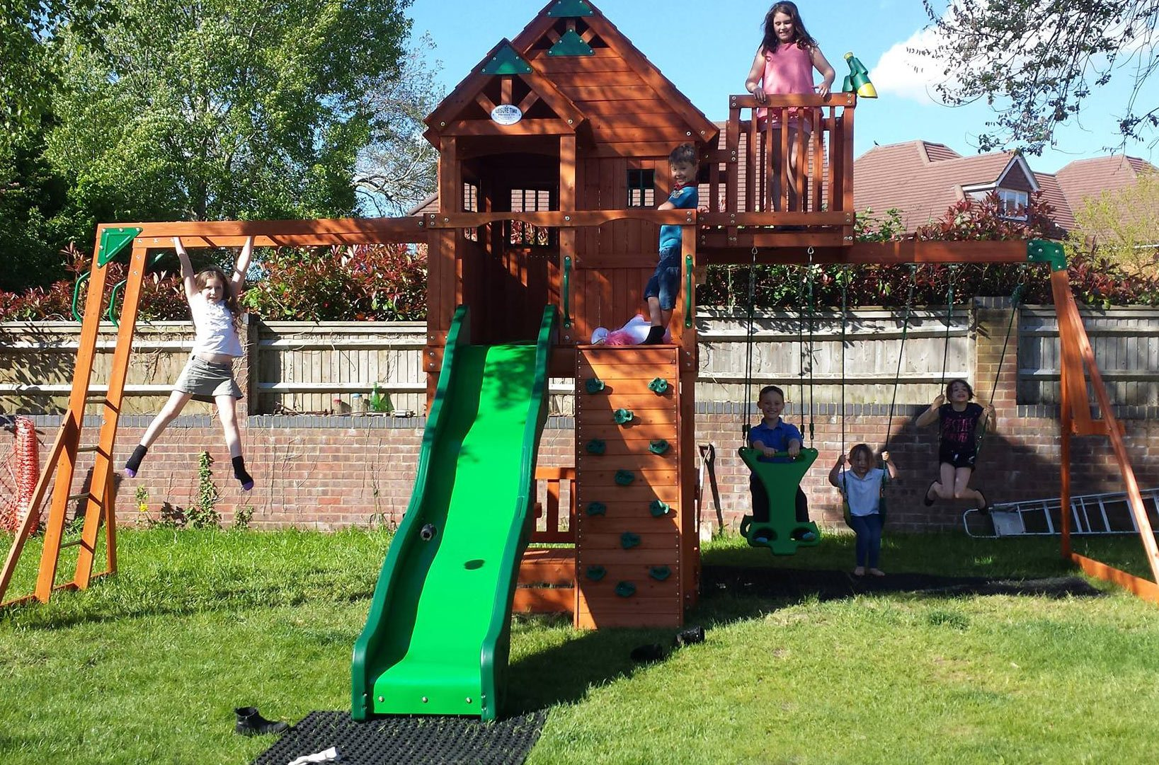 climbing frame with rubber matting